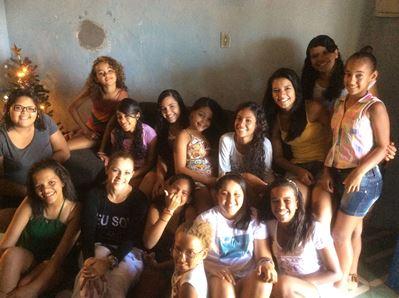 Meninas atendidas na ONG Casa de Meu Pai