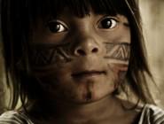 Menina indígena de Carmésia (MG). Fotógrafo: Reyner Araújo (reyneraraujo@gmail.com). Todos os direitos reservados.