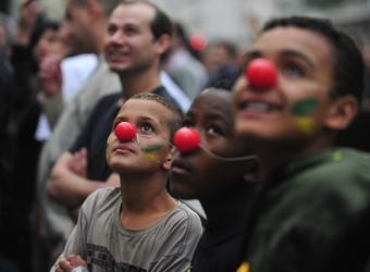 Jovens que participam dos protestos em São Paulo, SP. Fotógrafo: Marcelo Camargo/ABr