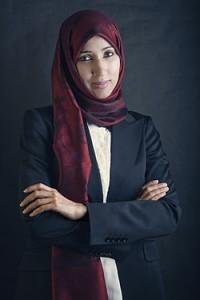 """Manal al-Sharil, """"A criança não pode estar livre se sua mãe não for livre"""""""