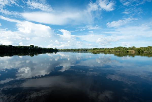 Uma comunidade isolada no interior da Amazônia pede ajuda! Chegaremos lá?