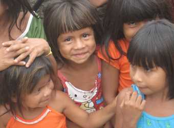 Meninas indígenas do Norte do Brasil. Foto: MEIB.